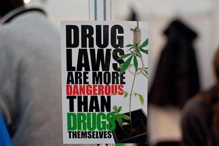 Законы о наркотиках более опасны, чем сами наркотики