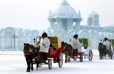 Экскурсию по ледяному городу желаете?