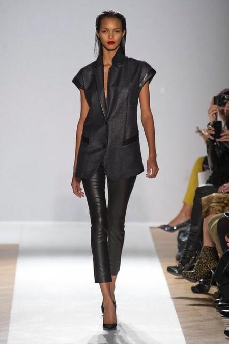Удлиненные жилеты в пиджачном стиле — мои фавориты в этой коллекции