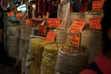Большой рынок товаров для колдовства в Мексике — фото 14