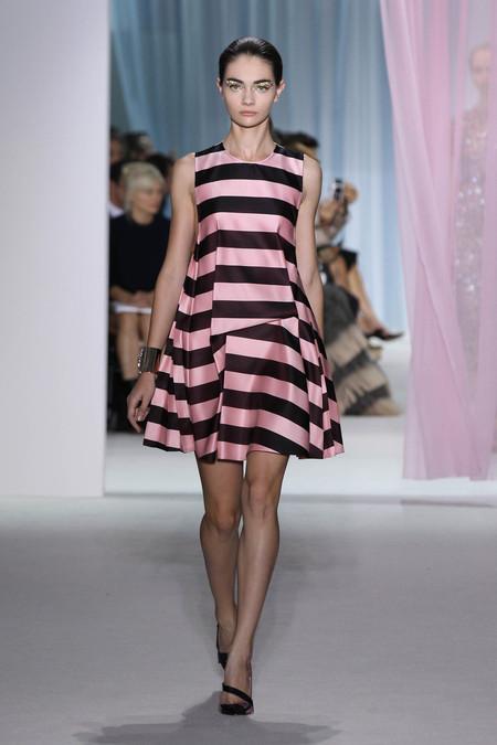 Женская коллекция Dior весна-лето 2013 — фото 24