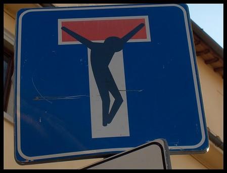 «Улучшенные» дорожные знаки от Клета Авраама — фото 24