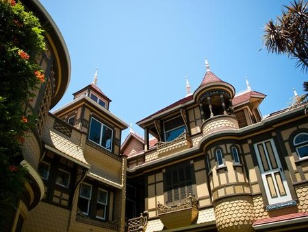 Дом Винчестеров – абсурдный, полный мистики и непригодный для жизни — фото 6