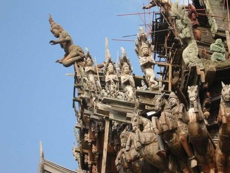 Храм Истины – настоящий деревянный шедевр — фото 15