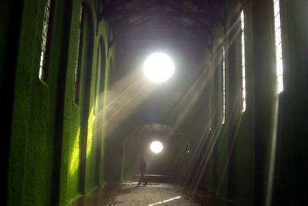 Живой зеленый храм – галерея Dilston Grove Gallery в Лондоне — фото 5
