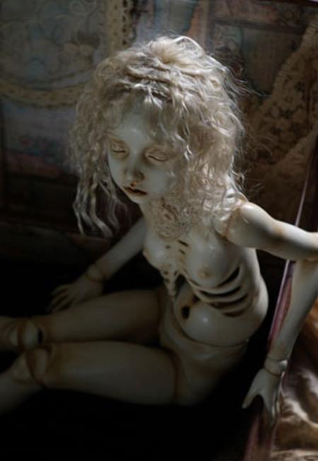 Мертвая нимфа — дитя японского скуптора