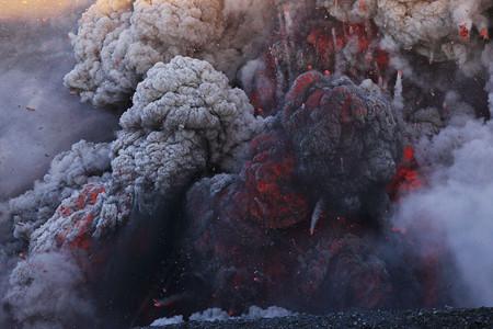 Вулканы – страсть фотографа Martin Rietze — фото 17