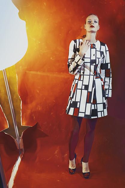 Одежда, меняющая цвет – самая технологичная мода — фото 5