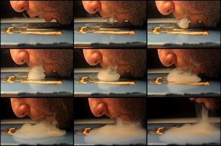Так тоже можно рисовать! Подробности и картины дымом — см.дальше ))