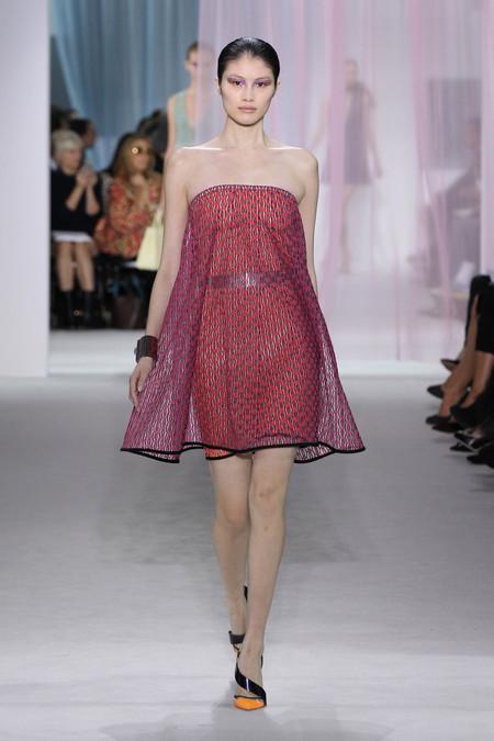 Женская коллекция Dior весна-лето 2013 — фото 36