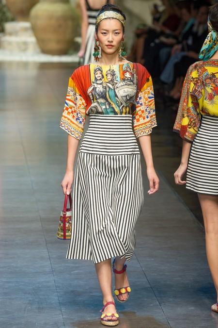 Сицилия от Dolce & Gabbana - женская коллекция весна-лето 2013 — фото 60