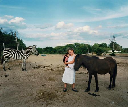 Фотопроект Amelia's world – животные в мире одной девочки — фото 30