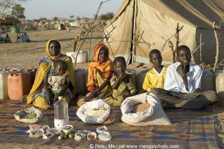 Внимание — это Чад, недельные затраты на еду — $1.23