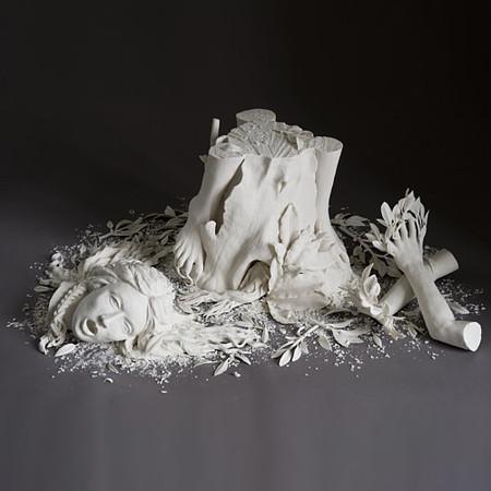 Живой фарфор и смерть в скульптурах Кейт МакДауэлл — фото 9