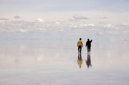 Уюни в Боливии – соляное озеро, соленый отель, фламинго и паровозы — фото 16
