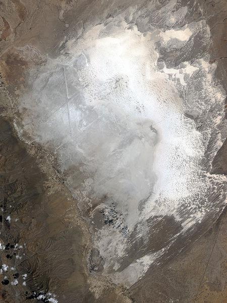 Вид пустыни из космоса
