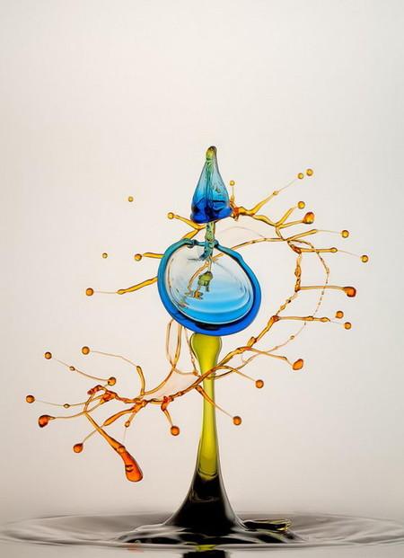 Скульптуры из … воды. Макрофотографии разноцветных капель — фото 3