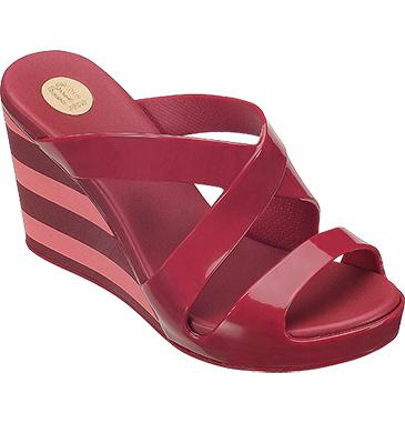 Женская коллекция MELISSA зима 2013. Хорошая обувь может быть … пластиковой! — фото 25