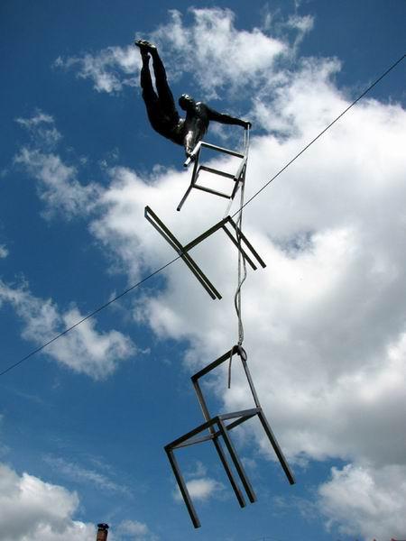 Скульптуры в воздухе от Jerzy Kedziora — фото 27