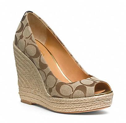 Коллекция обуви от Coach весна-лето 2013 – каблуки, платформа, мокасины, сандалии! — фото 31