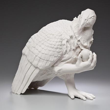 Живой фарфор и смерть в скульптурах Кейт МакДауэлл — фото 4