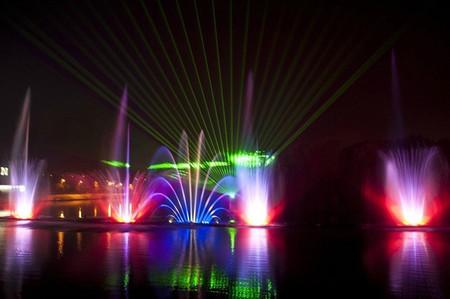Самые необычные и красивые фонтаны. Но не все ))) — фото 19