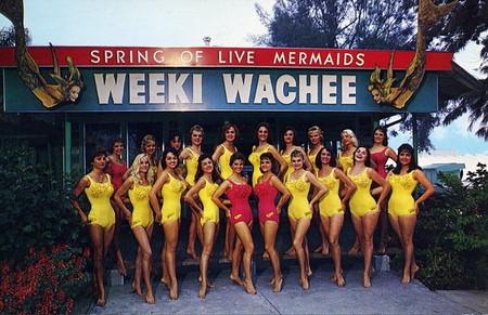 Фото из середины 1960-тых годов, тогда русалок было больше