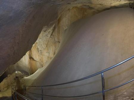 Эйсризенвельт – ледяная пещера в Австрии. Если хочется мороза летом. — фото 3