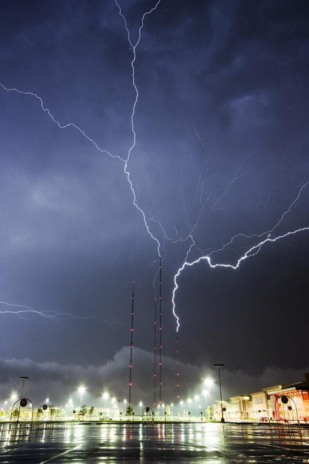 Торнадо, смерч, молнии, грозовые тучи – это красиво! Фотографии Майка Холлингшеда (Mike Hollingshead) — фото 17