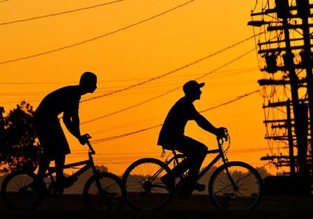 Силуэты в закатах и рассветах – снимки Ти Джея Скотта — фото 16