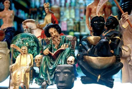 Большой рынок товаров для колдовства в Мексике — фото 17