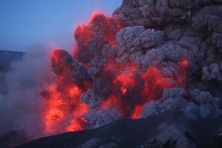 Вулканы – страсть фотографа Martin Rietze — фото 29