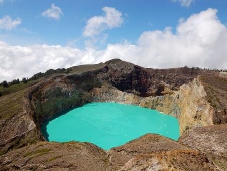Вулкан Келимуту и 3 разноцветных озера — фото 3