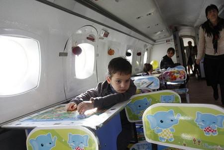 Не детский сад, а мечта! Во что превратился списанный ЯК-40 — фото 14