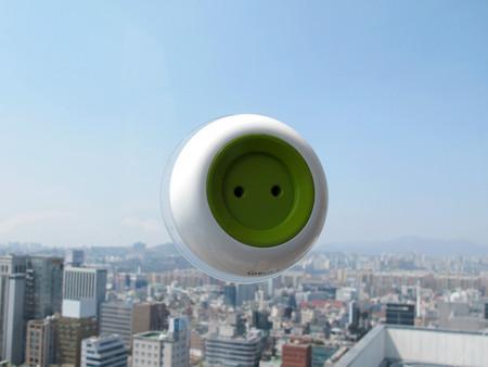 Мобильная розетка Window Socket – бесплатное «зеленое» электричество — фото 2