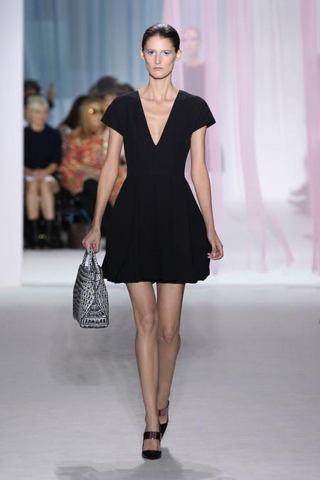 Женская коллекция Dior весна-лето 2013 — фото 7