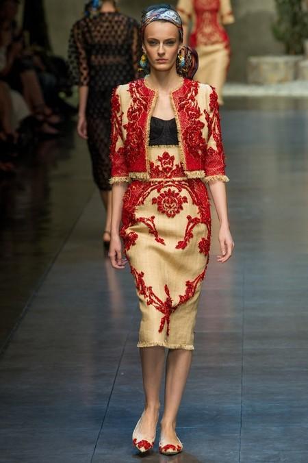 Сицилия от Dolce & Gabbana - женская коллекция весна-лето 2013 — фото 57