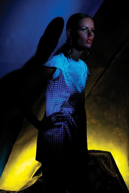 Одежда, меняющая цвет – самая технологичная мода — фото 8