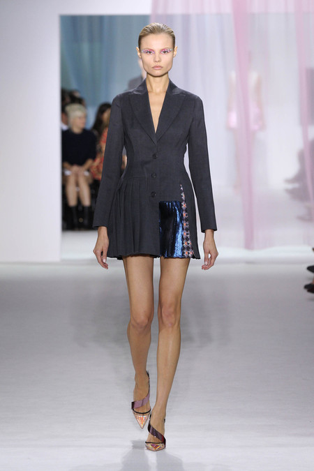 Женская коллекция Dior весна-лето 2013 — фото 15