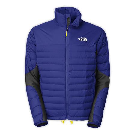 В ассортименте очень много курток разных расцветок и характеристик
