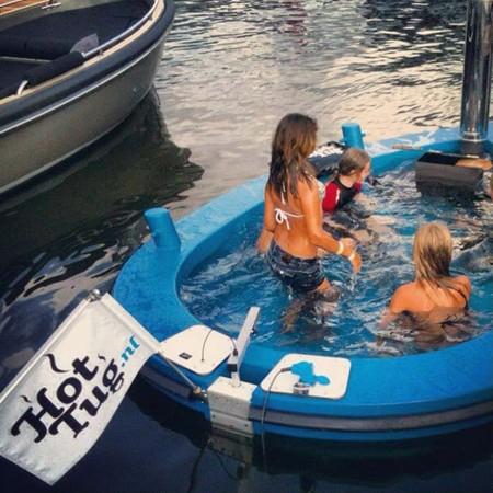 Лодки Hot Tub Boat – с теплым бассейном-джакузи и музыкой — фото 8