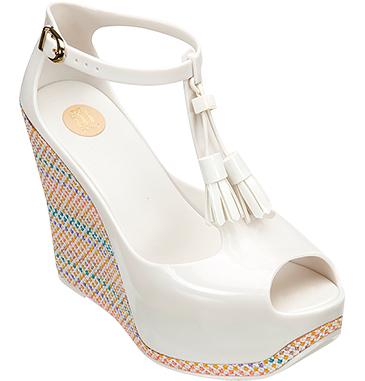 Женская коллекция MELISSA зима 2013. Хорошая обувь может быть … пластиковой! — фото 12