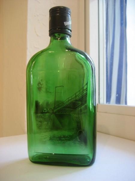 Дымный мир внутри бутылки – работы Джима Динджилиана — фото 4
