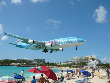 Пляж Махо Бич – отдых и купание под самолетами — фото 12