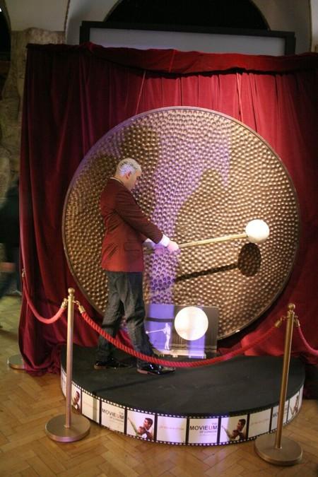 Как креативно скрыть лысину – идеи Филиппа Левайна — фото 28