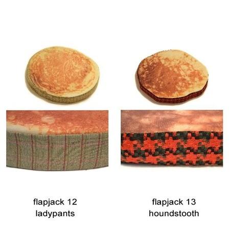 Оладьи … на полу. Оригинальные подушки Pancake Floor Pillows — фото 9