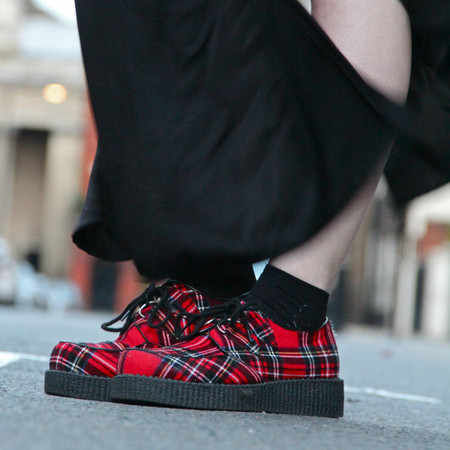Флатформы, они же криперы, они же криперсы – еще один популярный обувной тренд — фото 22