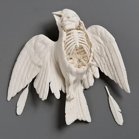 Живой фарфор и смерть в скульптурах Кейт МакДауэлл — фото 28