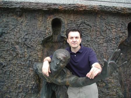 Я вырвался! Скульптура Зеноса Фрудакиса – призыв быть свободным и сильным — фото 5