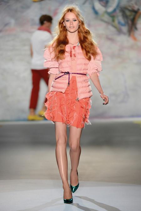 Patrizia Pepe весна-лето 2013 – городская одежда «с перчинкой» — фото 21